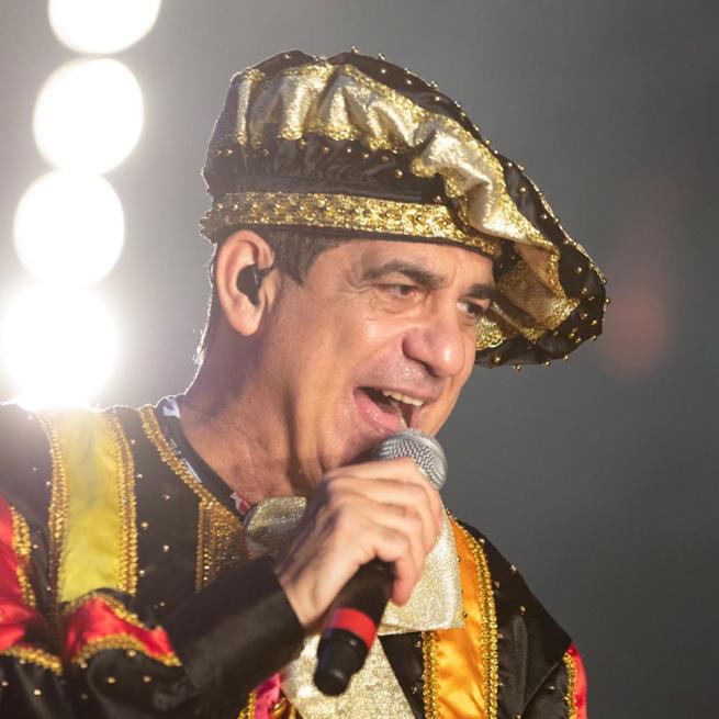 Durval Lelys: Fantasias e irreverência de um dos maiores nomes do Carnaval de Salvador